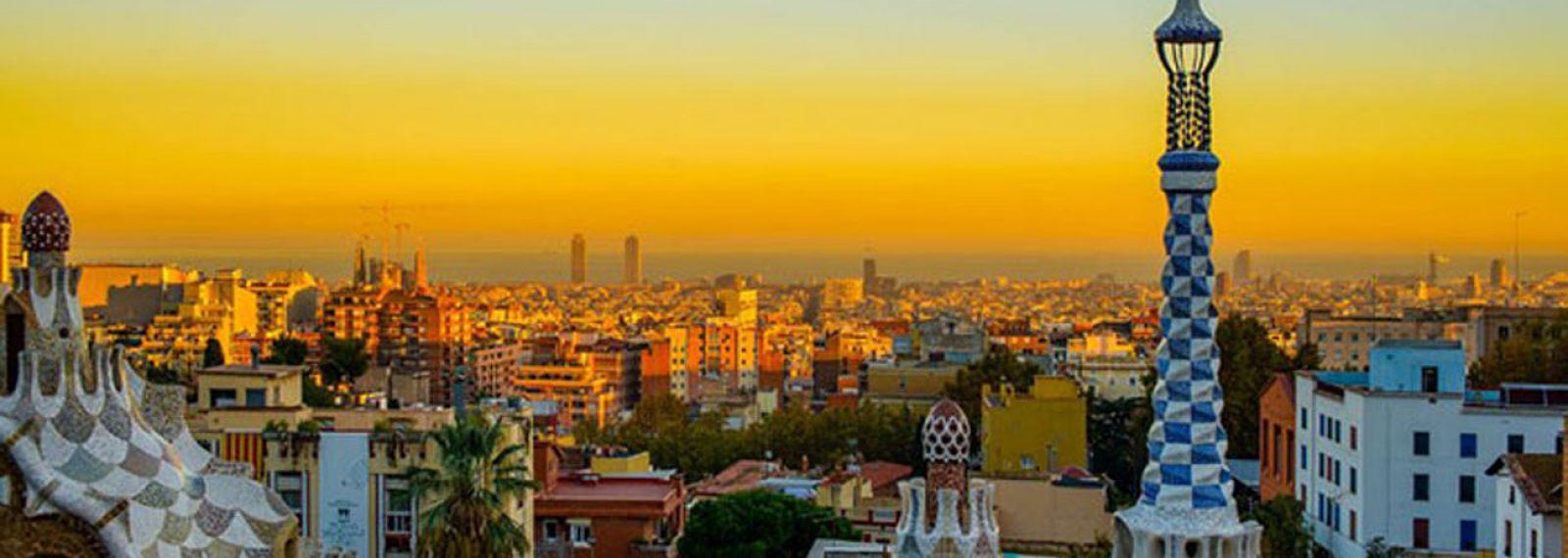 Atardecer-desde-el-parque-Gaudi_web02